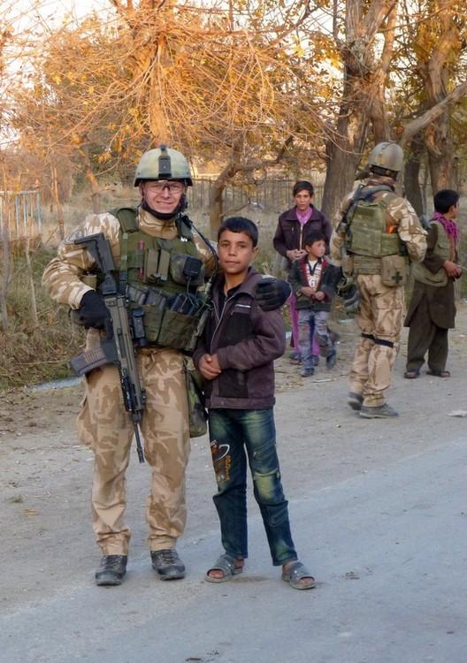 Foto: Stodvojkaři v Afghánistánu: Diplomacie, respekt a důvěra. / vojáci 102.pzpr/1.SR BAF