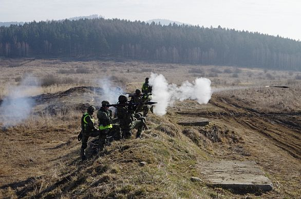 Foto: Střelba z RPG-7 / 42. mpr