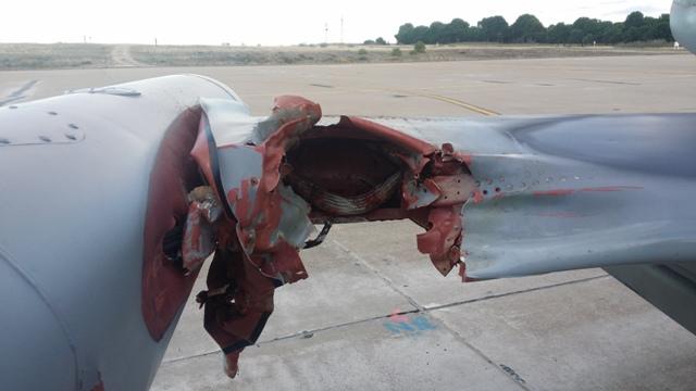 Foto: Následky srážky L-159 ALCA se supem. / 21. zTL