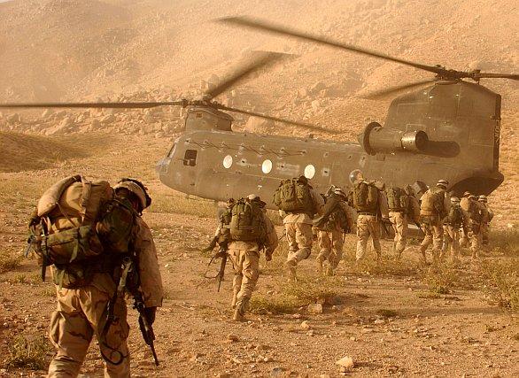 Foto: Spojenečtí vojáci v Afghánistánu. / Public Domain