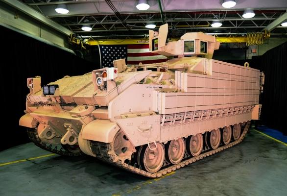 Foto: AMPV využívá podvozek bojového vozidla pěchoty M2 Bradley; větší foto / BAE Systems