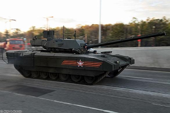 Foto: Hlavní bojový tank T-14 na podbvozku Armata; větší foto / Vitaly V. Kuzmin; CC BY-SA 3.0