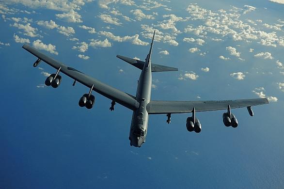 Boeing B-52 Stratofortress je americký strategický bombardér dlouhého doletu
