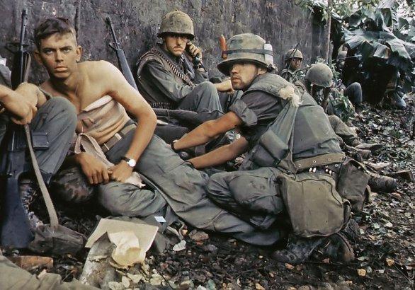 Foto: Zranění mariňáci v bitvě o Hue; ilustrační foto / Public Domain