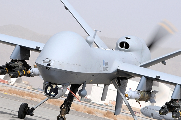 Foto: Bezpilotní letadla podnikají neustále nálety na teroristické buňky. / U.S. Air Force