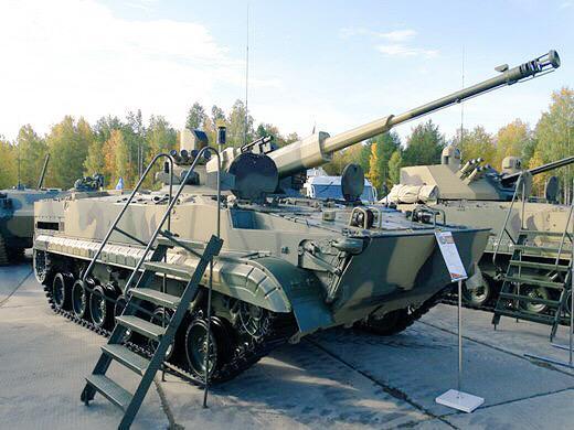 Foto: BMP-3 s 56mm knaónem. / Ilya Varlamov