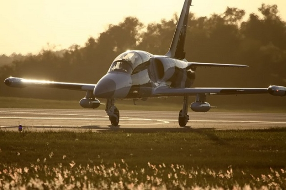 Draken International L-39
