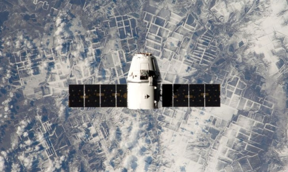 Foto: Kosmická loď Dragon; ilustrační foto / NASA