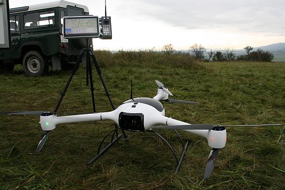bezpilotní rotorový univerzální systém (BRUS)