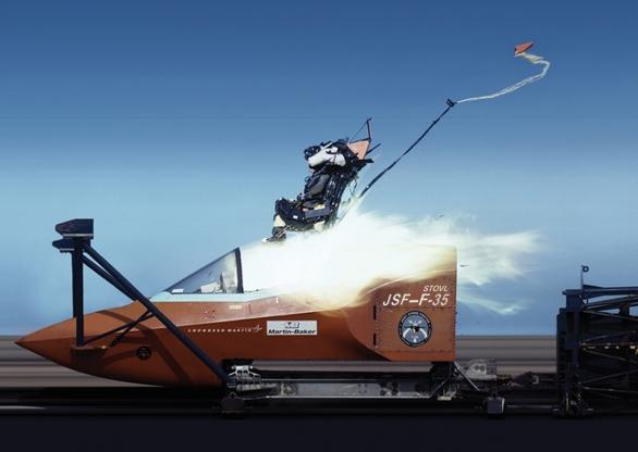 Foto: Jedním z problémů F-35 je vystřelovací sedadlo - katapultování může pilota zabít; větší foto / Lockheed Martin