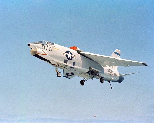 Foto: F-8 Crusader. / Volné dílo