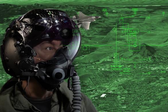 Foto: Pilotní přilba HMDS Generation 3; větší foto / Rockwell Collins