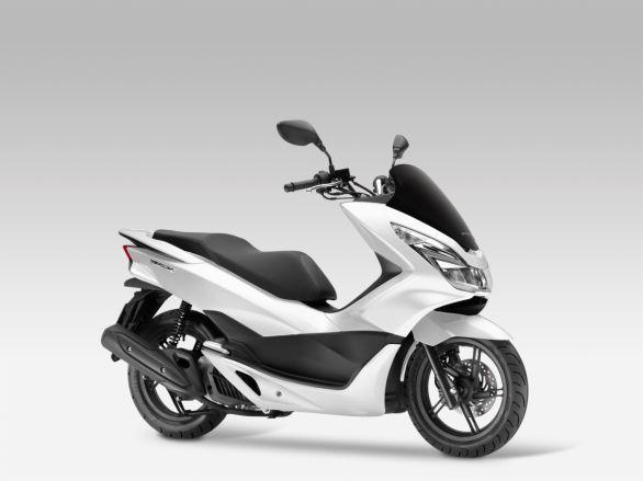 Foto: Absolutní bestseller mezi skútry s kubaturou 125 ccm; větší foto / Honda