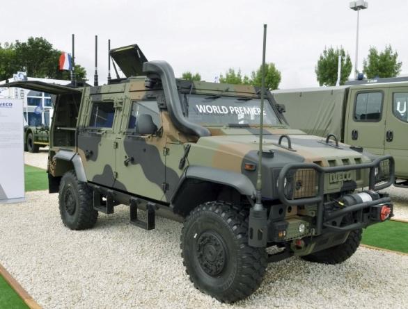 Foto: Iveco LMV 2 na výstavě EUROSATORY 2016. / Iveco Defense Vehicles