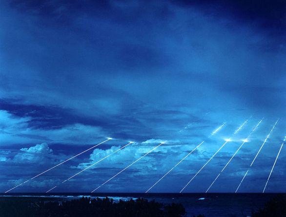 Foto: Vícenásobný zásah hlavic americké jaderné mezikontinentální balistické rakety Peacekeeper; ilustrační foto / Volné dílo