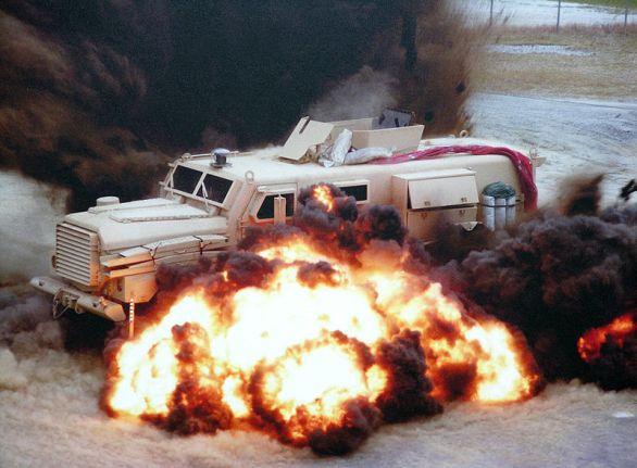 Cougar exploze
