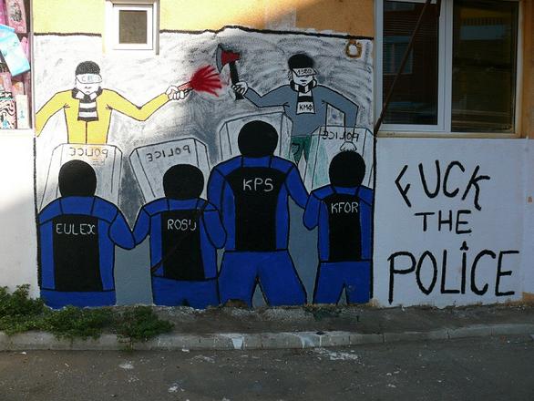 Foto: grafity v Kosovu. / Michal Voska