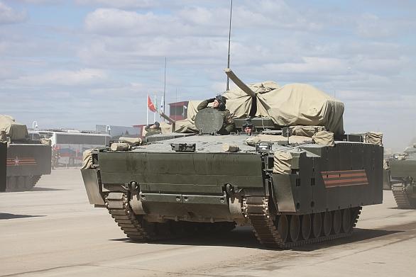 Foto: Bojové vozidlo pěchoty Kurganěc-25; větší foto / RussiaDefense.net