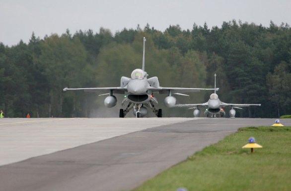 polské F-16