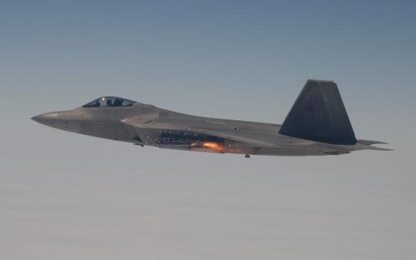 F-22 Raptor AIM-9x