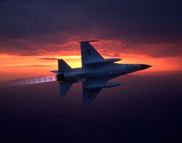 F-16 forsáž