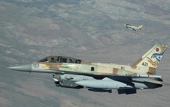 Izraelská stíhačka F-16I Sufa
