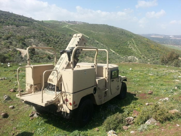 Foto: 120mm minomet SPEAR na vozidle Humvee. / Elbit  Systems