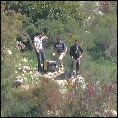 Foto: Operativci Hizballáhu zachyceni na libanonsko-izraleské hranici. / IDF