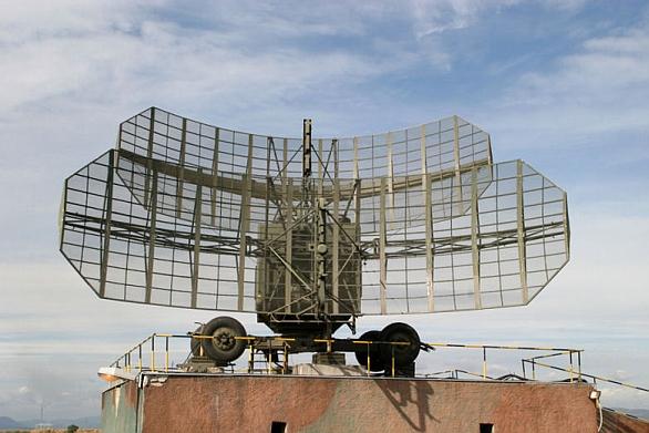 Foto: Radiolokátor dlouhého dosahu P-37 / 26. brigáda velení, řízení a průzkumu Stará Boleslav