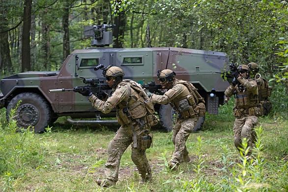 Foto: Technologická demonstrace možné podoby polského vojáka blízké budoucnosti Titan. / Polski Holding Obronny