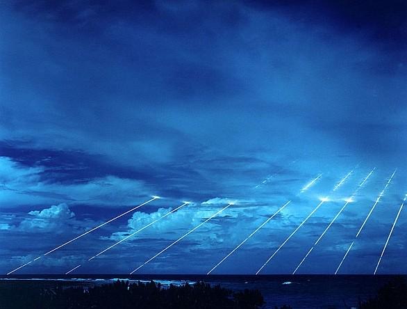 nukleární hlavice atmosféra