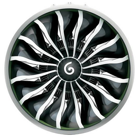 Vizualizace GE9X. Motory GE9X získají menší počet kompozitních lopatek.