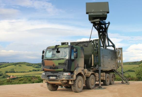 Foto: Víceúčelový radar GM200. / ThalesRaytheonSystems