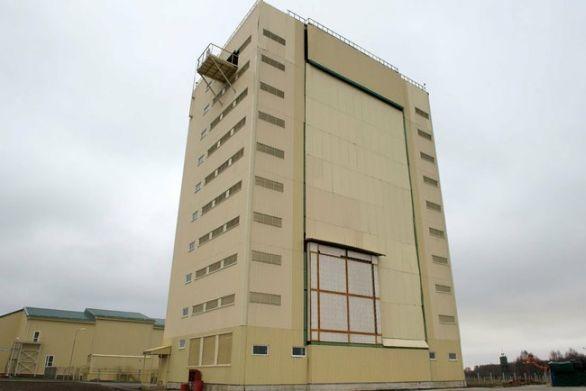 Foto: Radar Voroněž. V nenapadné budově se skrývá jeden z nejvýkonějších radarů na světě. / Kemlin.ru, CC BY 3.0