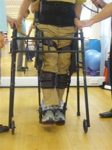Foto: Regi a exoskletet od firmy Ekso Bionics / REGI Base