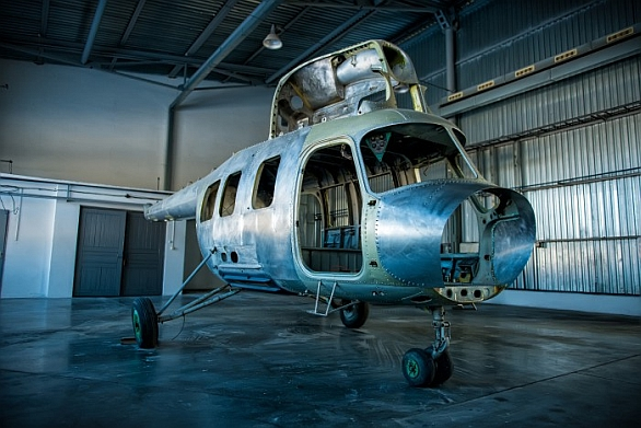 Foto: Na trhu lze koupit Mi-2 různých verzích. Základní samonosnou konstrukci lze využít ke stavbě prakticky nového vrtulníku. /  Jumik