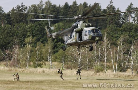 Foto: Česká republika pro hrotové jednotky poskytla 601. skss a modernizované vrtulníky Mi-171š. / 601. skss