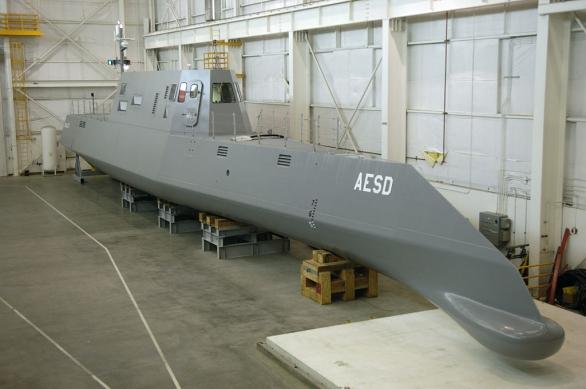 Foto: Americké námořnictvo testovalo konstrukci budoucí lodě USS Zumwalt na technologickém demonstrátoru Sea Jet. / U.S. Navy