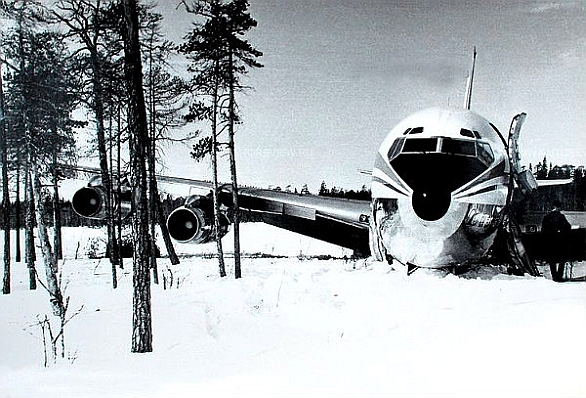 korejský civilní letoun Boeing 707-321