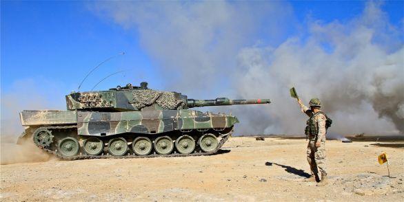 Foto: Španělský Leopard 2A4; větší foto / Ejército de Tierra