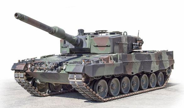 Foto: Španělsky Leopard 2A4; větší foto / Ejército de Tierra