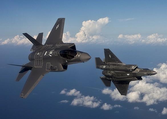 Foto: Současná cena F-35 (drak + motor)