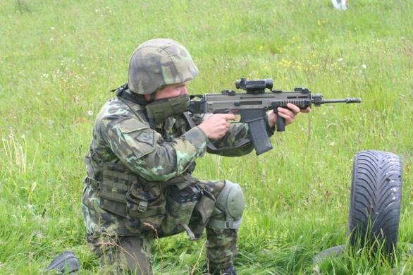 Foto: Voják s CZ 805 BREN / Autor