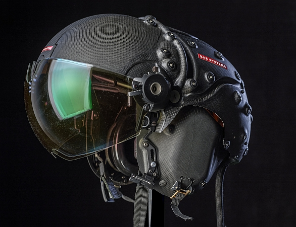 Striker II HMD