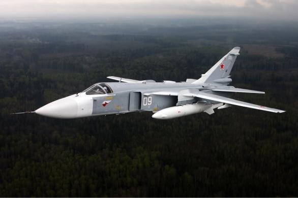 Foto: Útočný a bombardovací Su-24M; větší foto / Alexandr Mišin; CC BY-SA 3.0