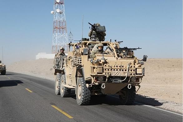Foto: Britský Supacat HMT Extenda v Afghánistánu. /  Supacat
