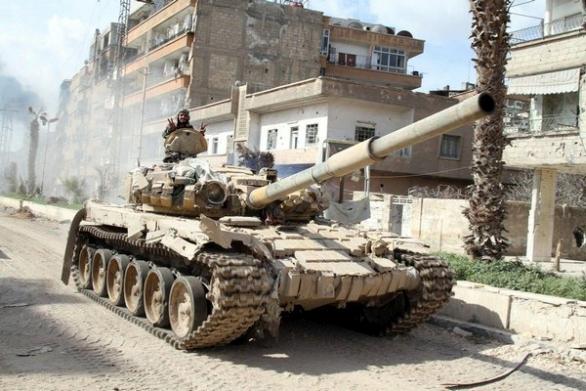 Foto: Syrský tank T-72 poškozený během bojů. / vk.com