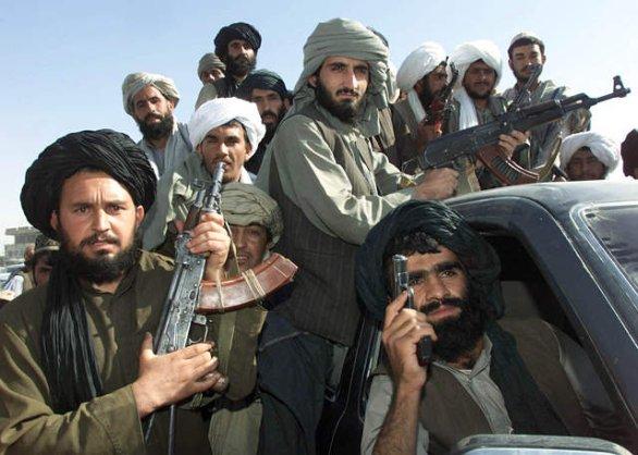 Foto: Bojovníci Tálibánu; ilustrační foto / outlookafghanistan.net