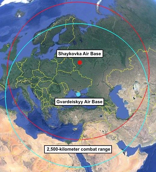 Foto: Porovnání doletů Tu-22 při působení ze základny na Krymu. O smyslu nasazení letounu Tu-22 se můžete z mapky přesvědčit sami. / fas.org
