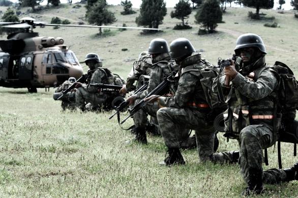 Zdroje: Zapojí se pozemních operací také turecká armáda; ilustrační foto / YouTube
